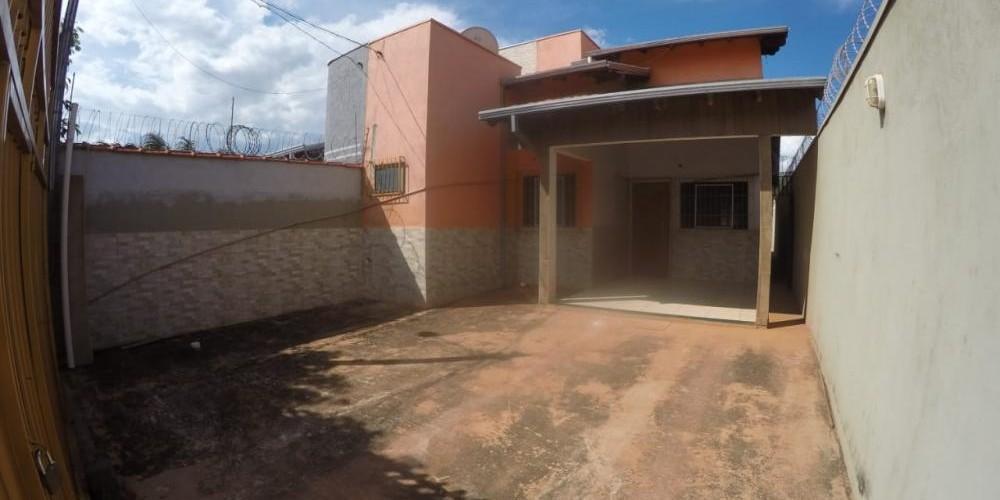 RUA CARLOS ALVES DE FREITAS N°5548 - JARDIM TROPICAL  - Foto 2 de 13